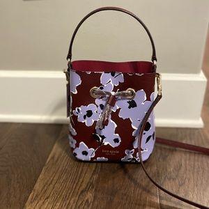 🆕 Kate Spade Small Bucket Wildflower Bouquet Bag
